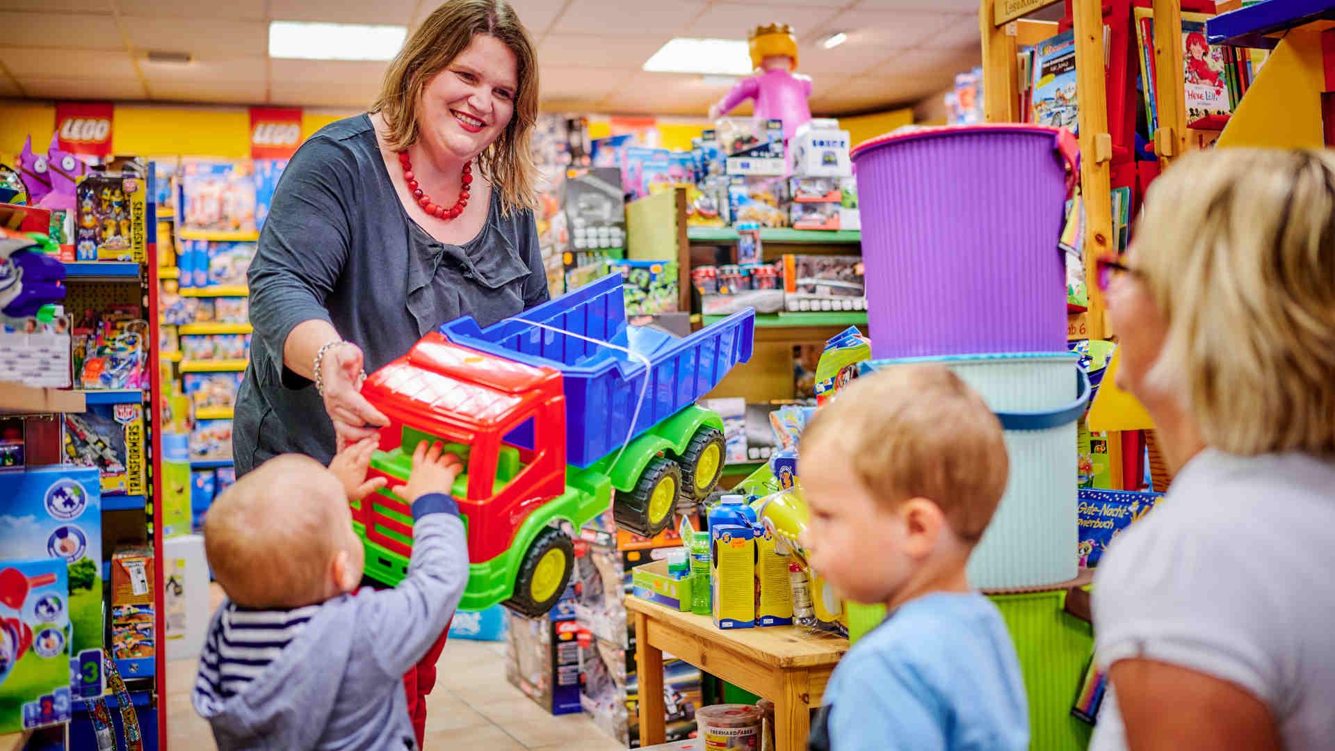 Spielwaren, Angebot des Fachgeschäfts Thaller in Pilsting